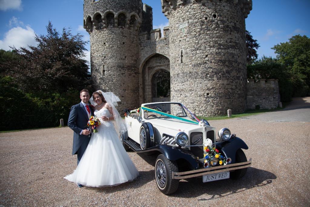 wedding photographer cooling castle barn