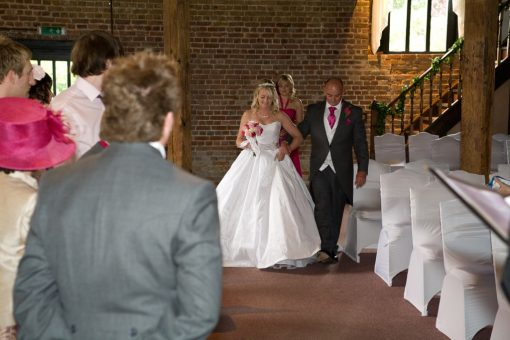 Wedding photography cooling castle barn-245