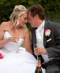 Wedding photography cooling castle barn-596