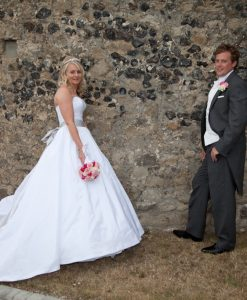 Wedding photography cooling castle barn-609